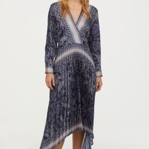 H&M pleated long sleeve dress